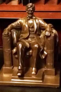 Lincoln award facing without ribbon